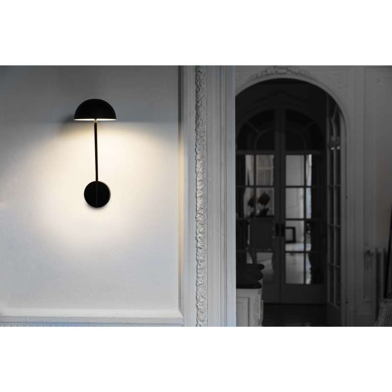 Wall lamp PURE LED Black