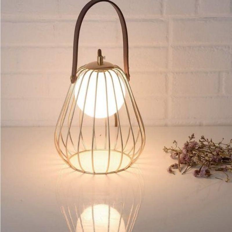 Table lamp LEVIK